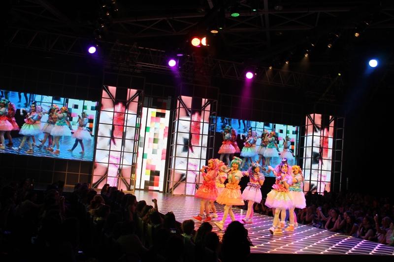 להקת SHEY X 2 מיפן